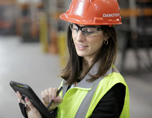 A warehouse pallet rack inspector from Damotech