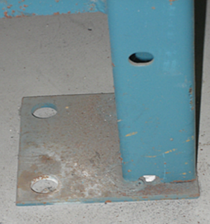 Damage no anchor pallet rack