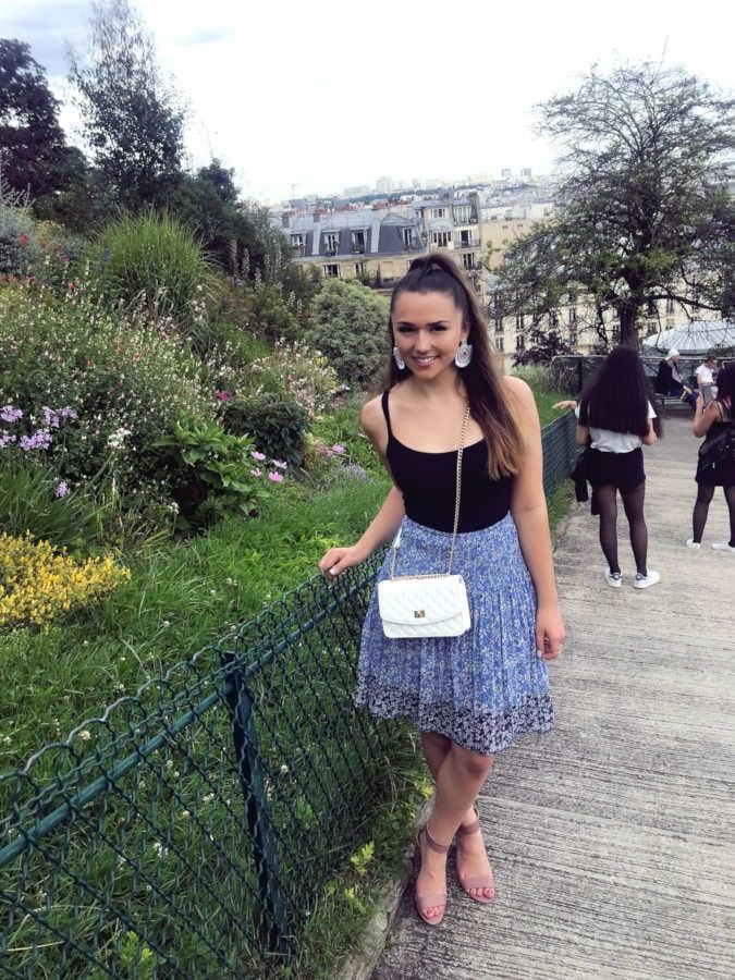 Jess in Paris_2-1