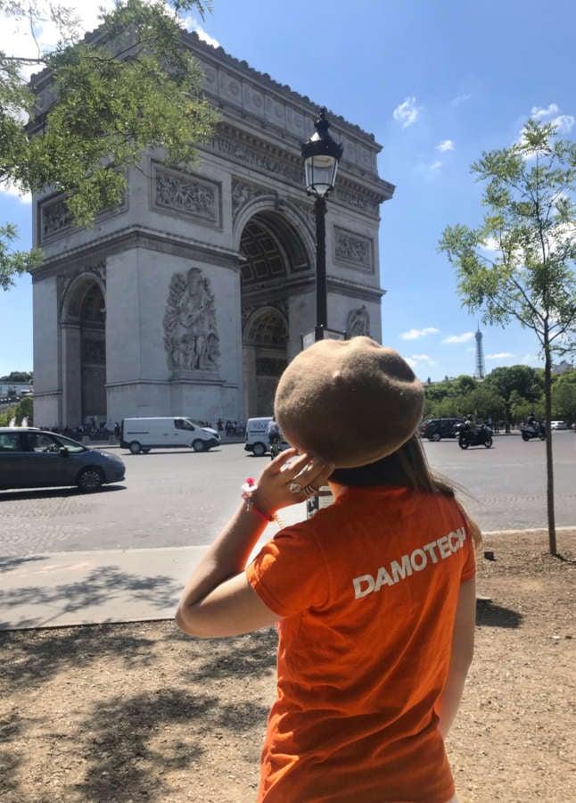 Jess in Paris_3-1
