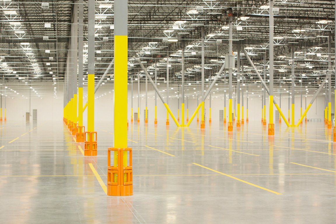 Damotech warehouse protection products installed in a new warehouse distribution center