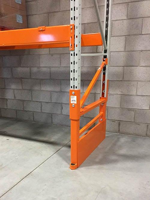 Pallet rack repair kit Damo Deflex Plate Installed