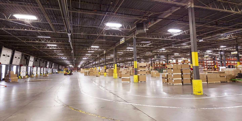 Centre de distribution John Deere