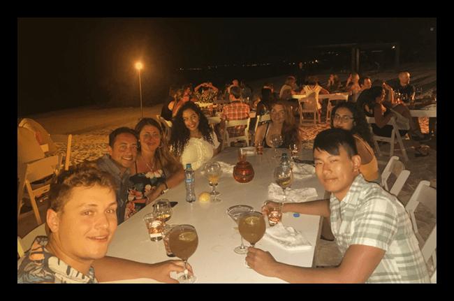 Dinner_Beach